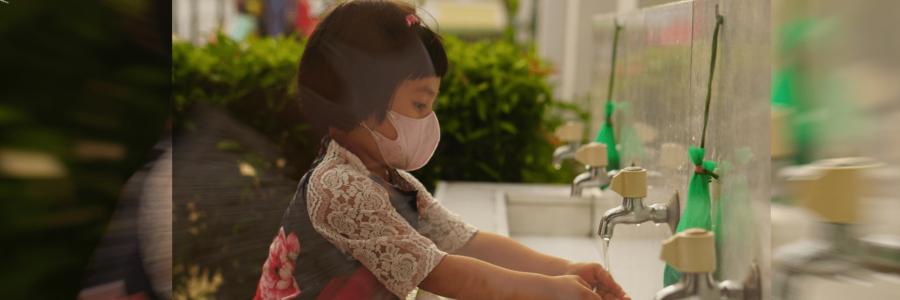 AquaJet® Anolyte: Darf auch in die Hände von Kindern gelangen – einzigartiges Desinfektionsmittel ohne Alkohol mit BAG Zulassung