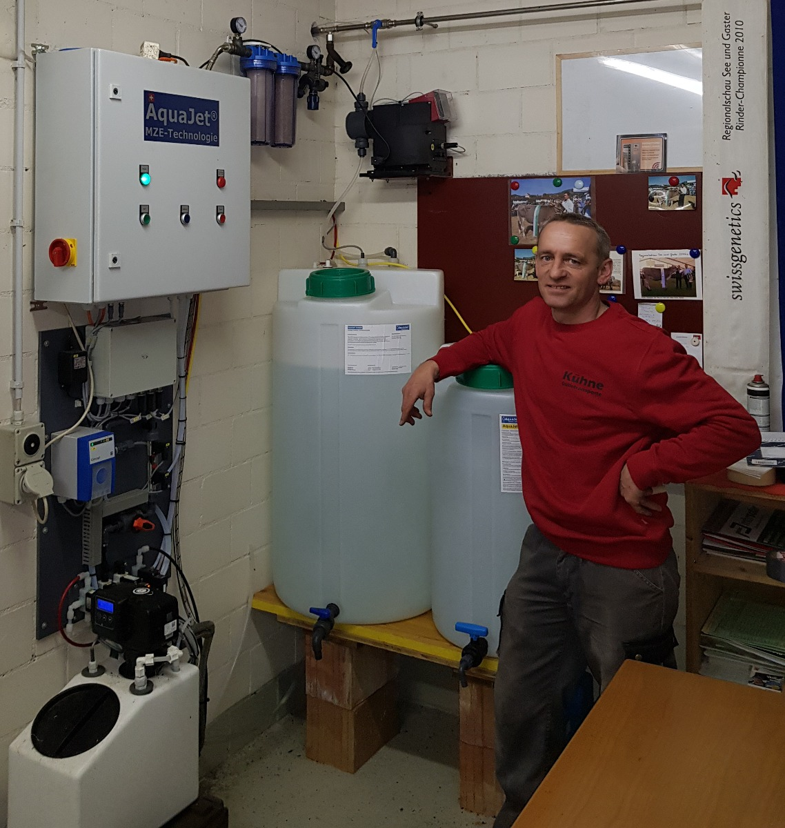 Peter Kühne vor seinem AquaJet MZE-Generator